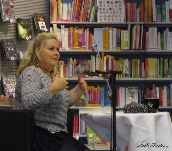 Kerstin Gier in Aktion